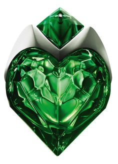 Aura by Mugler is a fragrance for women. This is a new fragrance. Aura was launched in 2017. Top note is rhubarb leaf; middle note is orange blossom; base notes are bourbon vanilla and woodsy notes. ...