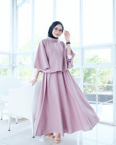 Trendy Clothes For Women Wedding Ideas Hijab Prom Dress, Muslimah Wedding Dress, Hijab Style Dress, Modest Fashion Hijab, Modern Hijab Fashion, Hijab Fashion Inspiration, Muslim Dress, Abaya Fashion, Dress Outfits