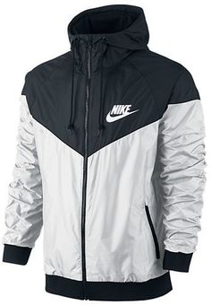 One of my fav workout jackets. Nike Windrunner.