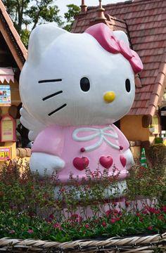 . Hello Kitty, Sculptures, Glass, Drinkware, Sculpting, Sculpture, Statue, Marbles, Glas