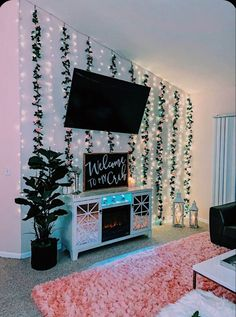 Cute Bedroom Decor, Bedroom Decor For Teen Girls, Teen Room Decor, Room Ideas Bedroom, Girl Bedroom Designs, Bedroom Inspo, Bedroom Wall, Wall Decor, Neon Bedroom