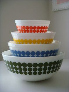 Polka Dot Pyrex Bowls I'm missing the orange and green.