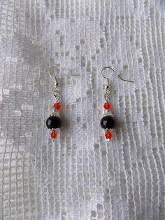 Boucles oreilles PM cône estampe perles nacrées et swarovski : Boucles d'oreille par mamiechantal-screations