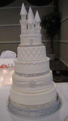 Fairytale wedding cake — Round Wedding Cakes