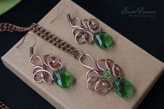 Copper wire wrapped set with green crystal drops