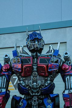 #OptimusPrime at the #Transformers: The Ride 3D store opening at  #UniversalOrlando