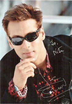 Kill me 😍😍 Bollywood Actors, Bollywood Fashion, Stylish Girls Photos, Girl Photos, Dope Fashion, Mens Fashion, Salman Khan Wallpapers, Prabhas Actor, Salman Khan Photo