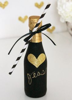 Ella and Annie Blog: DIY Chalkboard Paint Champagne Bottle Favors
