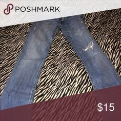 Hollister Distressed Jeans. . 9L Size 9L. Bottom shows no sign of wear. Hollister Jeans Boot Cut