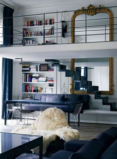 20 Ideas to Steal for Your Small Apartment Many of uslive or have lived in tiny apartments,sometimes a small space becomes chaotic and cramped.But,wheneverything's wellorganizedthen you can eve…