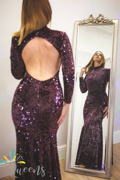 Stunning Burgundy bridesmaid Dresses to buy online from our website. From wine to daring burgundy bridesmaid dresses, we have an extensive variety of it. Wedding Dresses Uk, Formal Dresses, Dress Rental, Burgundy Bridesmaid Dresses, Open Back Dresses, London Wedding, Trending Outfits, Queens, Stuff To Buy