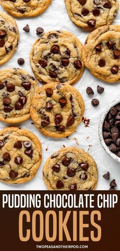 Chocolate Chip Pudding Cookies-These super soft chocolate chip cookies are made with a secret ingredient, vanilla pudding mix! You are going to LOVE this chocolate chip cookie recipe! Easy Cookie Recipes, Simple Recipes, Yummy Recipes, Chocolate Chip Pudding Cookies, Chocolate Chip Recipes, Yummy Snacks, Yummy Food, Frosting, Icing