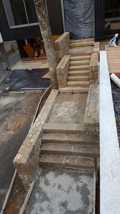 Escadas em granito rústico