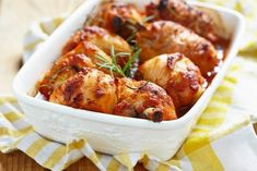 A quick and easy chicken dinner that is guaranteed to tantalize the taste-buds with a savory flavor and a hint of sweet. Slow Cooker Recipes, Low Carb Recipes, Cooking Recipes, Healthy Recipes, Diabetic Chicken Recipes, Baked Chicken Legs, Onion Soup Mix, Tasty Dishes, Good Food