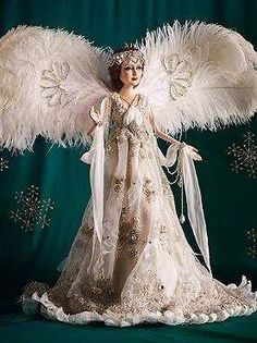 Dazzle your guests this Christmas with the truly spectacular Special Edition Angel by Katherine's Collection that features a gorgeous organza gown embellished with beautiful shimmering leaves and a hand painted face. Ghost Of Christmas Past, Christmas Tree Tops, Unique Christmas Trees, Christmas Angels, Christmas Baby, White Christmas, Christmas Time, Christmas Decor, Holiday