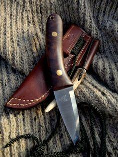 Handmade Bushcraft Knives and Woodcraft Knives