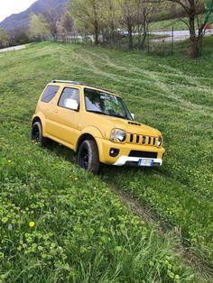 Jimny Suzuki, Grand Vitara, Yellow Car, First Car, Samurai, Engineering, Cars, Work Shop Garage, Autos