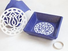 Royal Blue Paper Tray Ring Dish / Korean Hanji paper / Jewellery Dish / Paper Trays / Paper Anniversary Gift by papertreeshop on Etsy