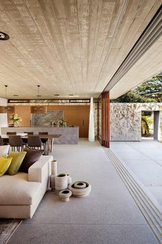 Great open living room with an open kitchen. Take a tour of the incredible Hunters Hill Textural House from episode season 4 of Grand Designs Australia. Grand Designs Australia, Indoor Outdoor Living, Outdoor Rooms, Home Design, Interior Design, Interior Architecture, New Homes, House Ideas, Concrete Ceiling