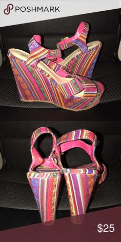 Tribal pattern wedge Sandal These are tribal pattern wedges! They have a small gold clasps around the ankle! Breckelles Shoes Wedges
