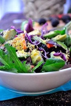 Detox With This Yummy Green Goddess Salad