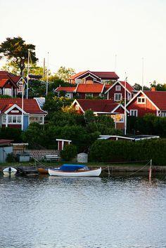 red houses by the water...Brändaholm, Karlskrona