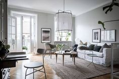 Instagram! https://www.instagram.com/minimal.interiors.designs/ Source: urbanspacedesign