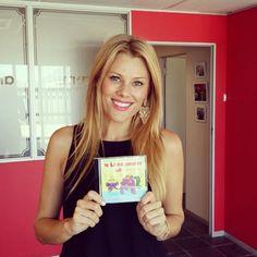"""Christi Panagio in die studio vir die opname van haar AnnaEmm storie-CD: """"'n Likkejander hik"""" - www.AnnaEmm.co.za"""