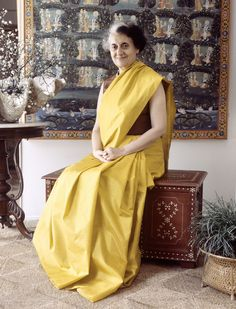 Indira Gandhi was elected Prime Minister of India on January She was the Prime Minister of India. Indira Gandhi, Khadi Saree, Kanjivaram Sarees, Mahatma Gandhi, Osho, Dalai Lama, Beauty Full Girl, Beauty Women, Audrey Hepburn Unicef