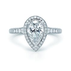 20 Most Expensive Engagement Rings - Over the Top Engagement Rings Pear Shaped Diamond Ring, Pear Diamond Engagement Ring, Engagement Ring Photos, Pear Shaped Engagement Rings, Engagement Ring Shapes, Engagement Ring Settings, Diamond Rings, Halo Diamond, Engagement Photography
