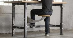 Rogue Swivel Seat – This, but with and actual seat.- Rogue Swivel Seat – This, but with and actual seat. That spins. Not sure if re… Rogue Swivel Seat – This, but with and actual seat. That spins. Not sure if reclining is feasible. Welding Bench, Welding Cart, Welding Shop, Diy Welding, Woodworking Bench, Sketchup Woodworking, Garage Tools, Diy Garage, Garage Workbench
