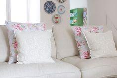 Simple Envelope Cushion Cover Tutorial