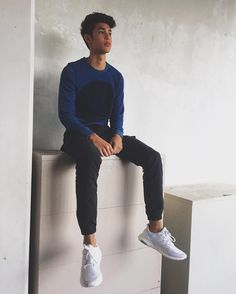 Ref for Peyton Tomboy Fashion, Fashion Moda, Mens Fashion, Mens Clothing Lines, Mens Clothing Styles, Donny Pangilinan Wallpaper, Jonaxx Boys, Best Boyfriend, Attractive Guys