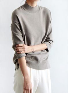 Easy Chic Style - taupe sweater & white trousers