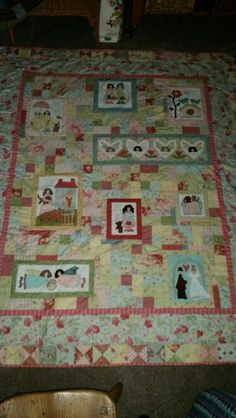 Friends quilt It Is Finished, Quilts, Blanket, Learning, Rugs, Friends, Home Decor, Farmhouse Rugs, Amigos