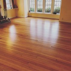 Nathan Kelly On Instagram Wred Up This Floor Today Client Was Thrilled Older Gentleman Wanted Look Of Oil Without The Odor And Slow Cure Time