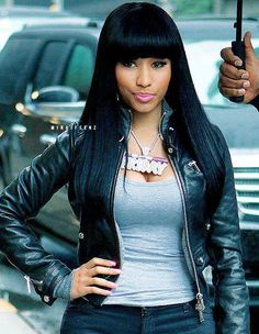 Nicki minaj .. Black hair days