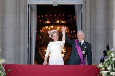 Abdication Of King Albert II & Inauguration Of King Philippe- Balcony Apperance-1.jpg