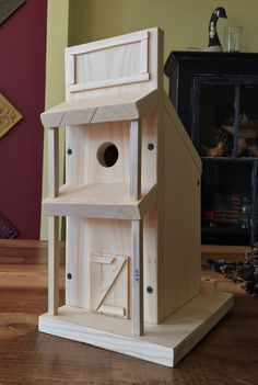 PINEWOOD SIMPLE STYLE WESTERN THEMED BIRDHOUSE ~ The Skaarsgard Collection ~ NASHVILLE IN 47448