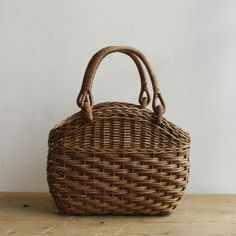 akebia basket bag - KOHOROBags & Others - Envelope is a unique online shopping mall made up of a few independent shops from all around Japan.