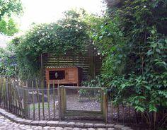 Hyggelig kaningård til haven.