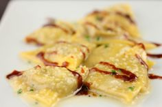 Find the best Duck foie gras ravioli in Miami Beach with tips from the pros. Foie Gras, Ravioli, Cajun Recipes, Italian Recipes, Miami Marathon, Food Stall, Fish And Chips, Southern Recipes, Food Plating