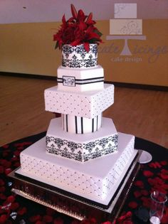 Intricate Icings Cake Design