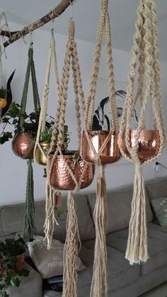 a flash from the past…plus copper, fun fun fun… - All For Garden Macrame Art, Macrame Projects, Macrame Knots, Crafts To Sell, Diy And Crafts, Arts And Crafts, Deco Boheme, Idee Diy, Macrame Patterns