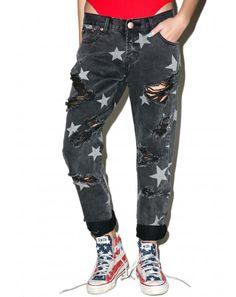 #DollsKill #lookbook #photoshoot #model #Glamorous #Ringo #boyfriend #jeans #dark #gray #distressed #denim #stars #rips