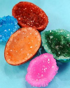 Homemade Crystal Egg Geodes. Learn all about crystallization process by making your own geodes. Get the tutorial and recipe