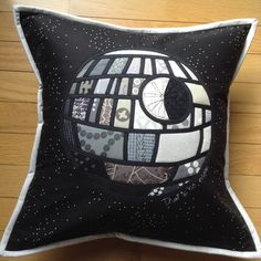 Daydreams of Quilts: Patchwork Death Star. This has got to be one of my all time favourites. Brilliant!