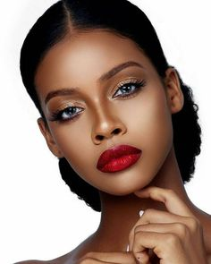 40 Nice Make-up Concepts For Ladies Black Pores and skin - Makeup - Beauty - Nail - Fashion - Hairstyles Dark Skin Makeup, Natural Makeup, Black Girl Makeup Natural, Makeup Eyebrows, Hair Makeup, Beauty Make-up, Beauty Skin, Black Bridal Makeup, Black Woman Makeup