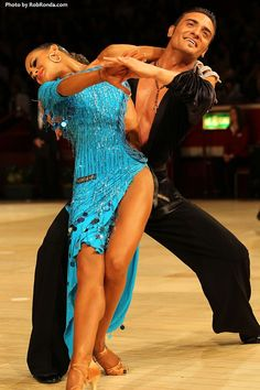 See this exciting new partnership perform live in NYC!  Stefano & Dasha will be at Dance Legends 2013!    Thanks to RobRonda.com for the photo!  (Ballroom Dance & DanceSport)