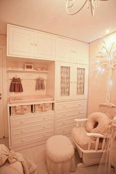 Could add to my office/guest room Baby Room Closet, Baby Bedroom, Baby Boy Rooms, Nursery Room, Girls Bedroom, Bedrooms, Creative Kids Rooms, Kids Bedroom Furniture, Guest Room Office